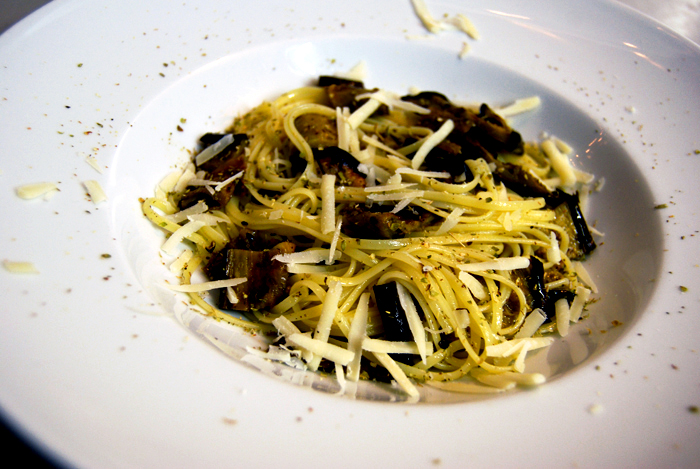 Spaghetti with Aubergine + Oregano