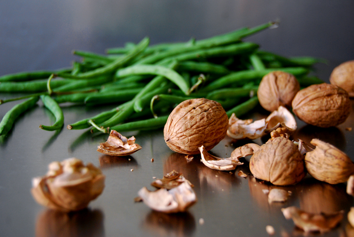 Green Beans, Pear and Walnut Salad