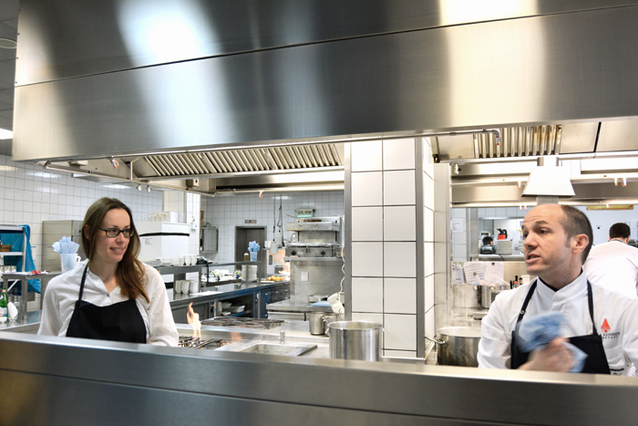 restaurant jobs in frankfurt am main