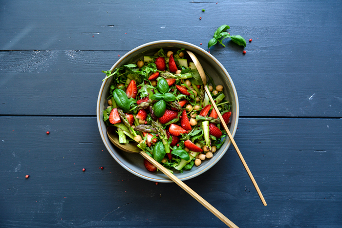 Strawberry, Chickpea, and Rucola Salad