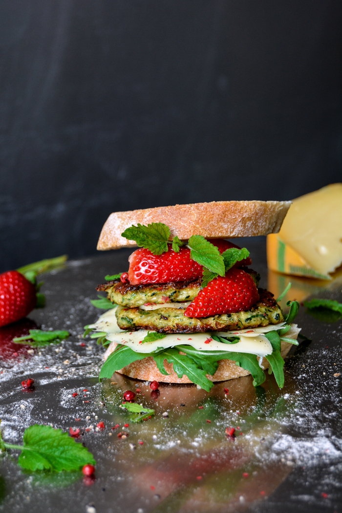 Zucchini Cheese Fritter Sandwich with Strawberries and Lemon Balm ...