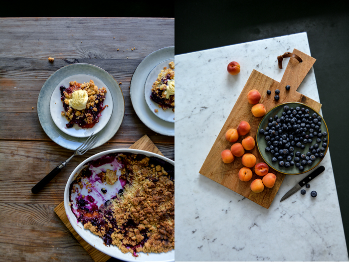 Apricot Blueberry Crumble