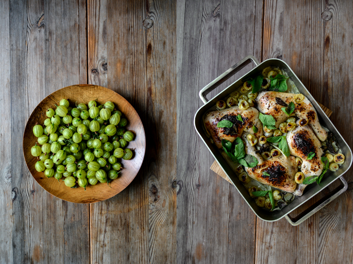 Gooseberry and Fennel Chicken with Mint